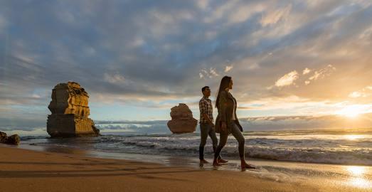 大洋路2天深度游 Great Ocean Road 世界最美海洋公路日出日落+阿波罗湾+十二门徒+小红帽灯塔+蓝光萤火虫