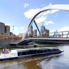 墨尔本市区 亚拉河观光游船(可选墨尔本港/亚拉河花园 1小时/2小时观光/3小时船上晚餐)